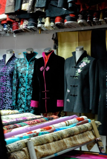 Tailor me beautiful: Shanghai's fabric market